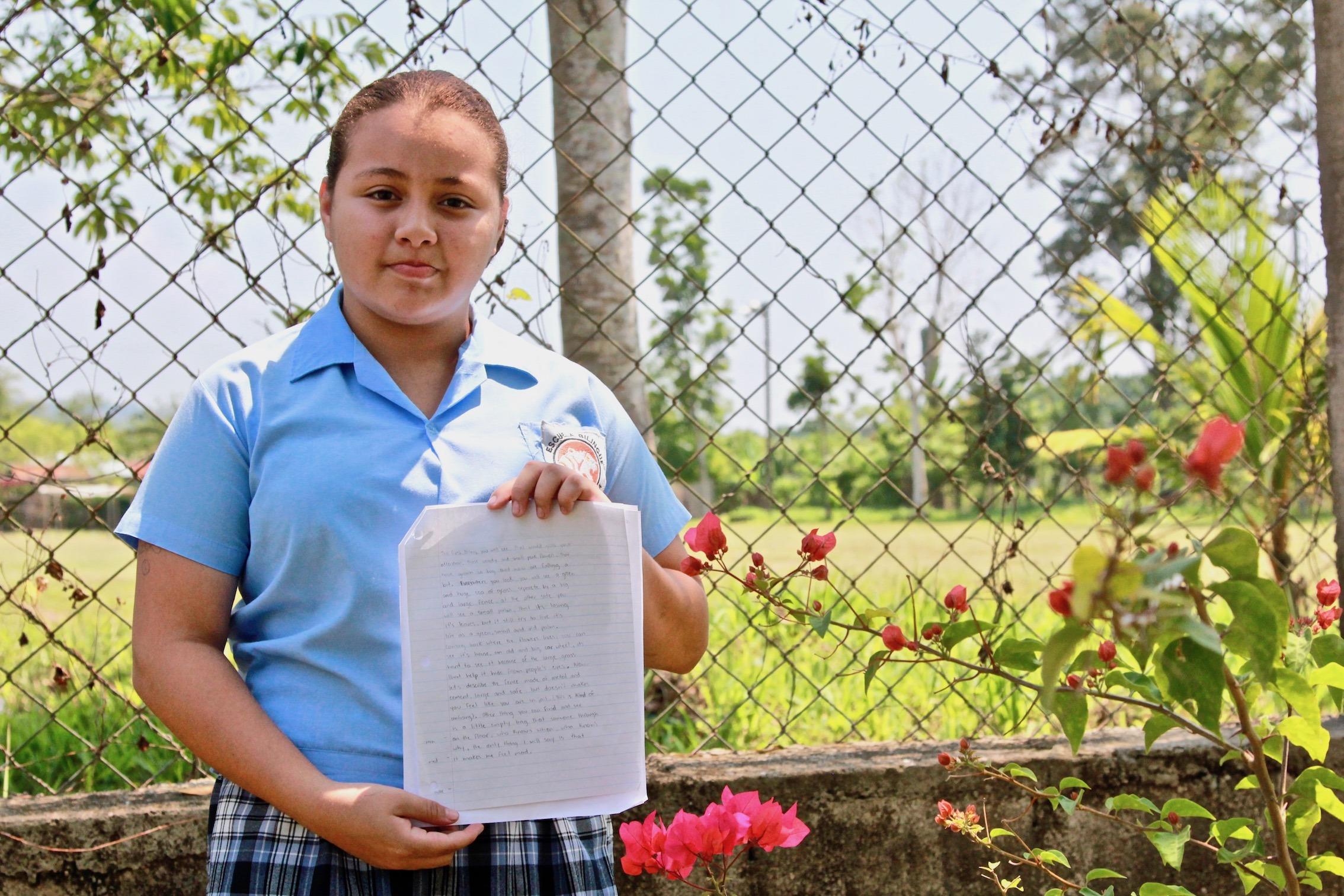 Estudiantes de Honduras: Meet Germayoni and Greysi, 7th Graders at the Villa Soleada Bilingual School