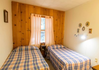 The Gull twin bedroom