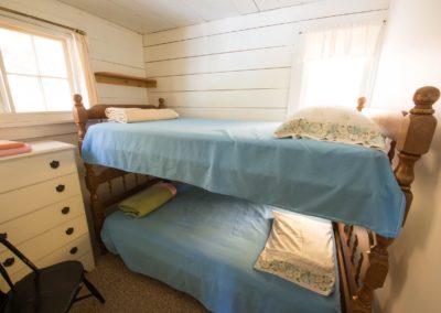 loft bedroom bunks