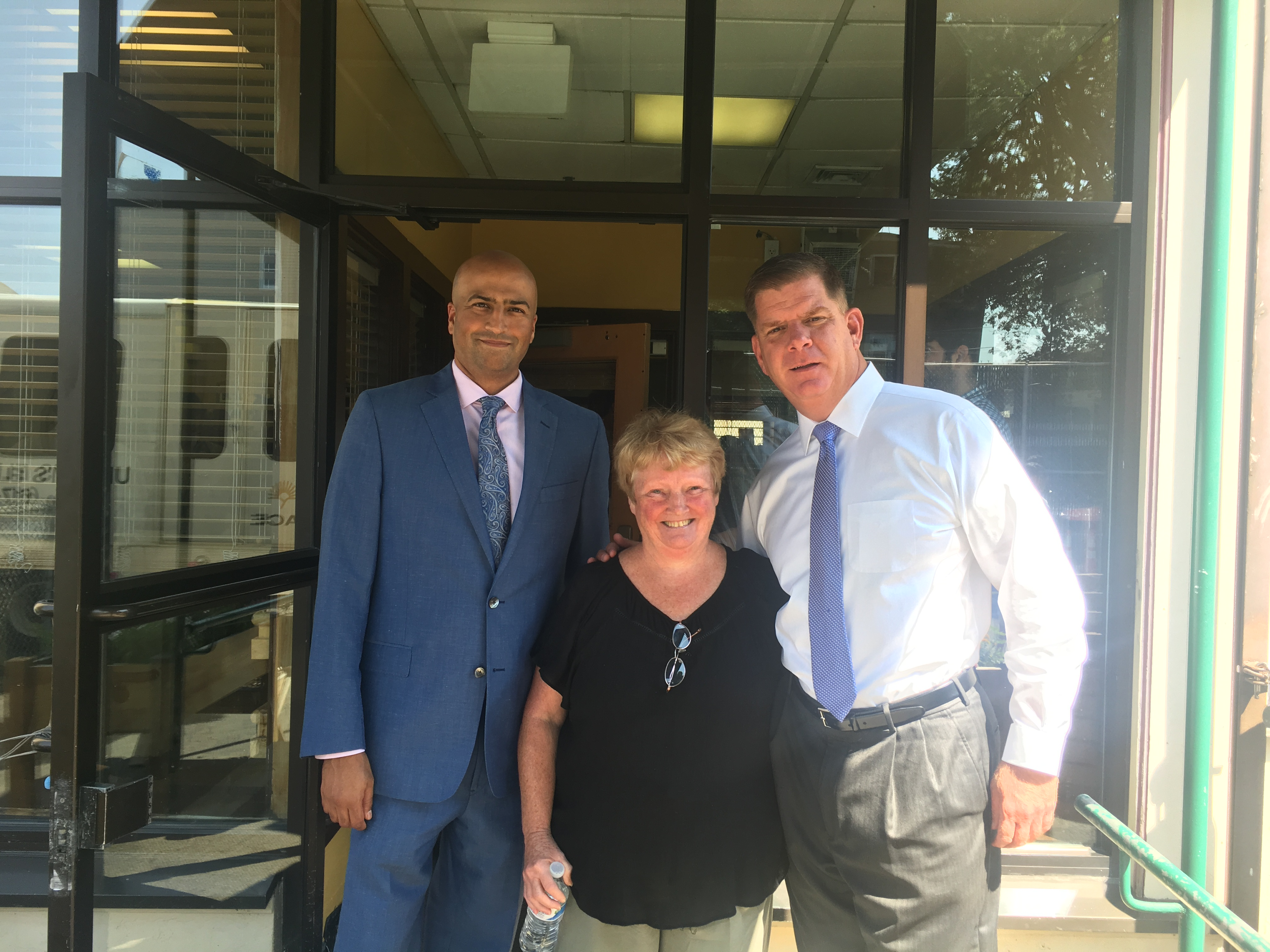 Mayor with CEO, Jay Trivedi and Margaret Leahy- Wirth, President of UCHC Board of Directors