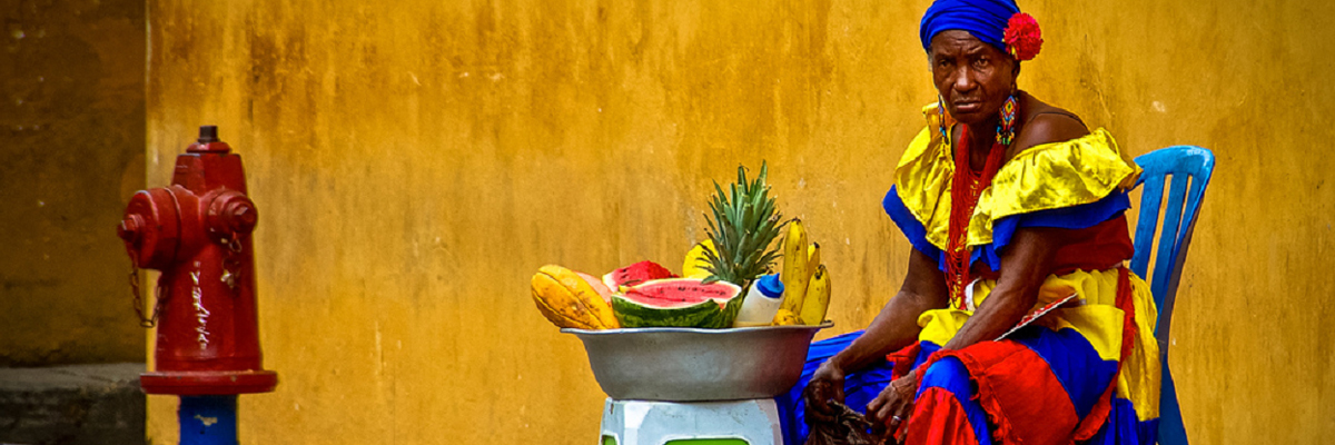 Palenquera - Cartagena. Colômbia ( autor desconhecido).