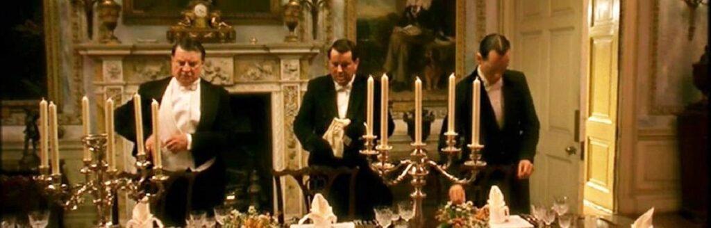 Cena de Godsford Park - Alan Bates como o mordomo.