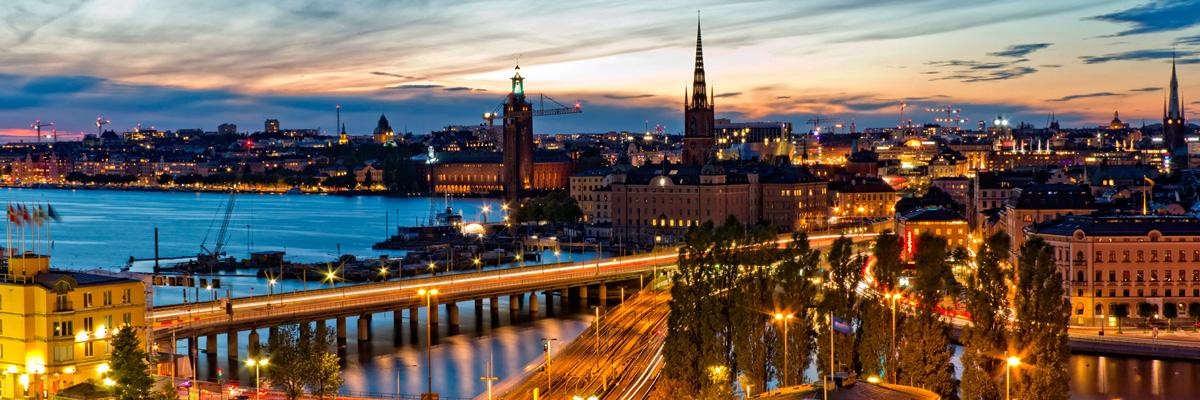 Anoitecendo em Estocolmo.