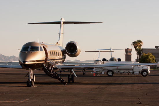 Why Glendale? Refuel your business jet at Glendale Aero Services