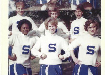 18 - Back Row - Carolyn Kraft, Kathy Ammon, ? / Front Row - Doy Sands, Roberta Glim, Marybeth Neeley