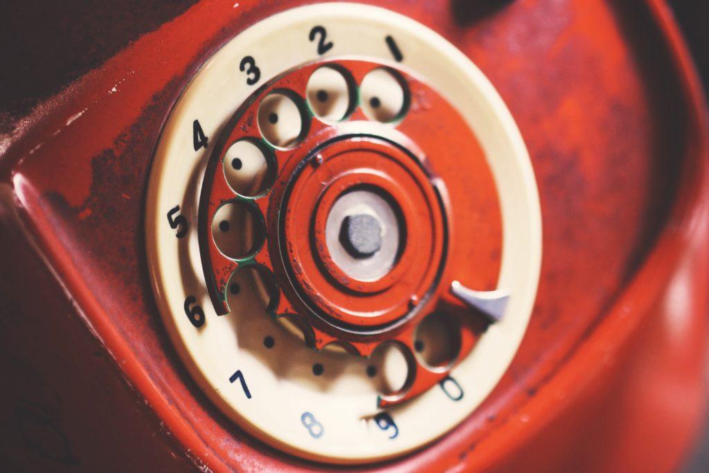 old broken rotary phone