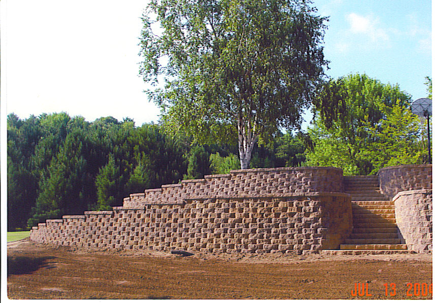 Landscape Designer - Block Retaining Walls