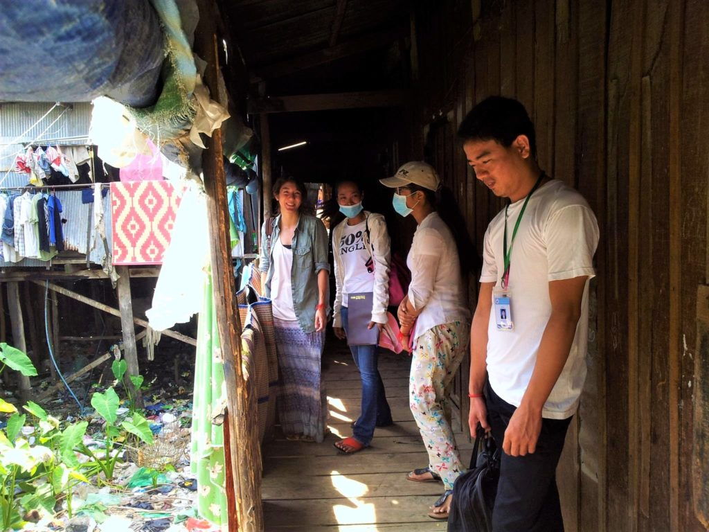 Khun Seiha - Lisa and Toneth in slum community