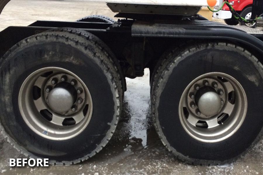 semi-truck-wheel-tire-washing-before-delmarva-md-de