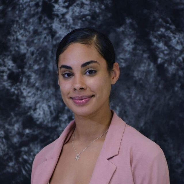 Melanie Nieves