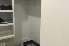 White closet before1