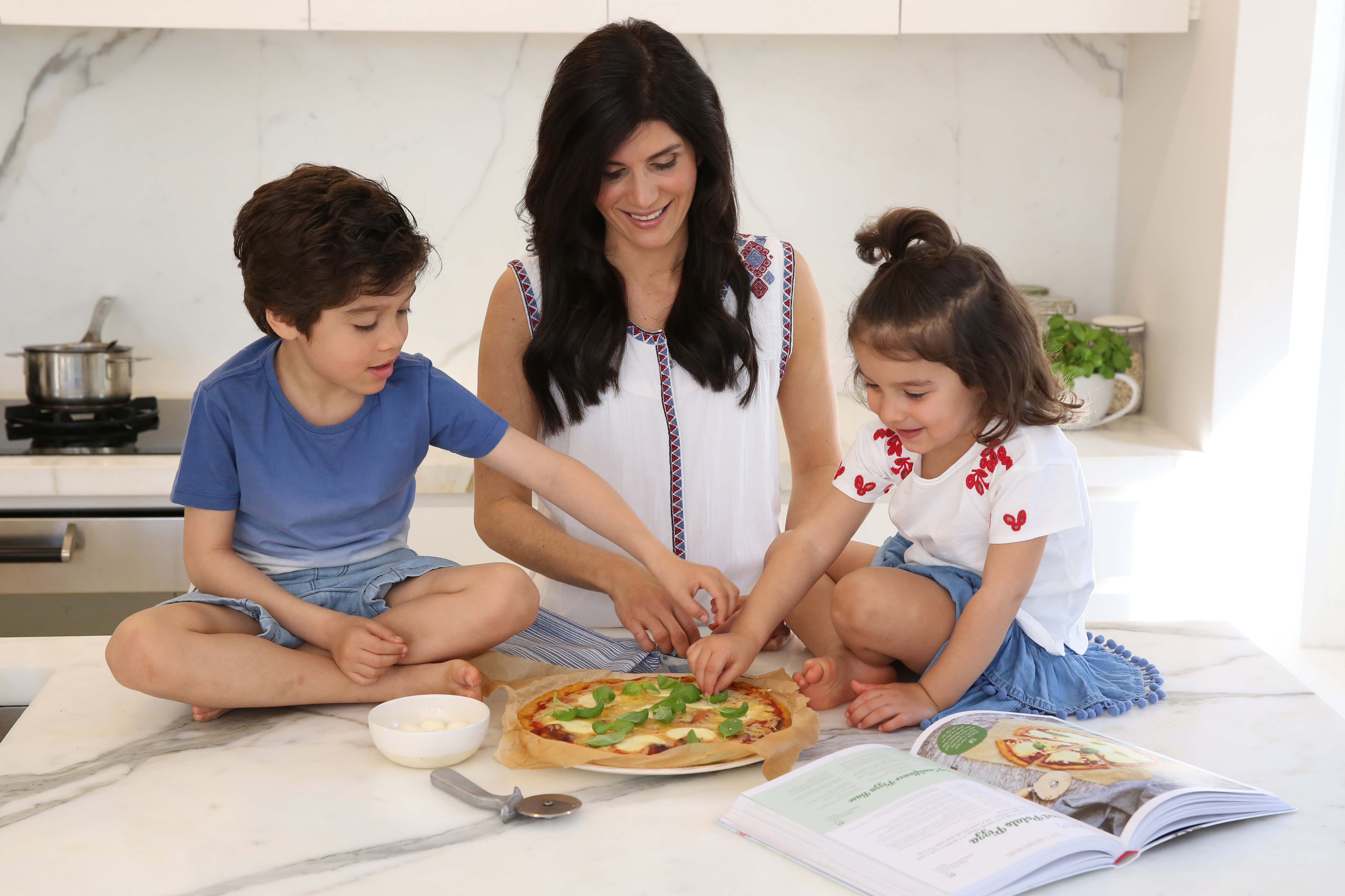 Wholesome Child: A Complete Nutrition Guide For Kids