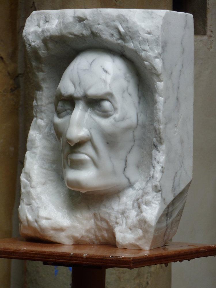 Dante Porttrait in Marble | Marc Vinciquerra