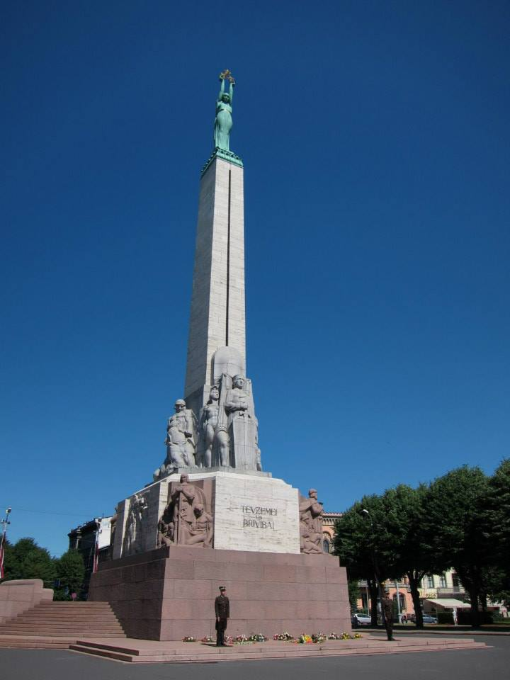 Latvia memorial to heroes of independence