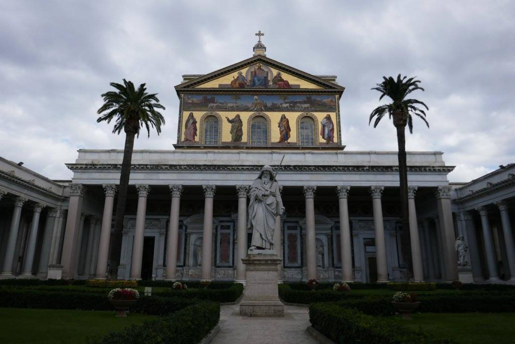 25 Important Churches in Rome to Visit for Their Art, Beauty and History 9