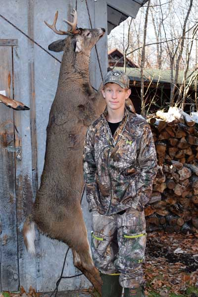 Keenan Washburn of the Horn Hunters wit a 145-pound, 7-pointer taken Nov. 13