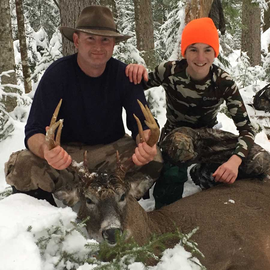 2018: Chris Babiak of Maryland, and his son Sean, with Chris' Hamilton County 10-pointer.