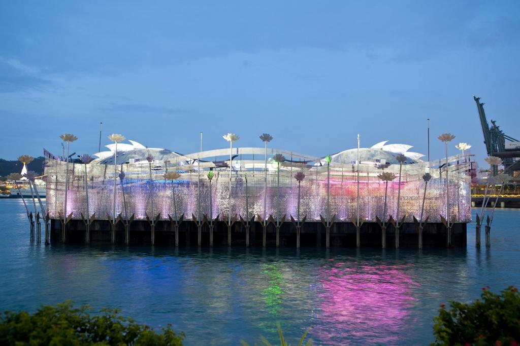 Universal Studios Singapore Resorts World Santosa Crane Dance (9).jpg