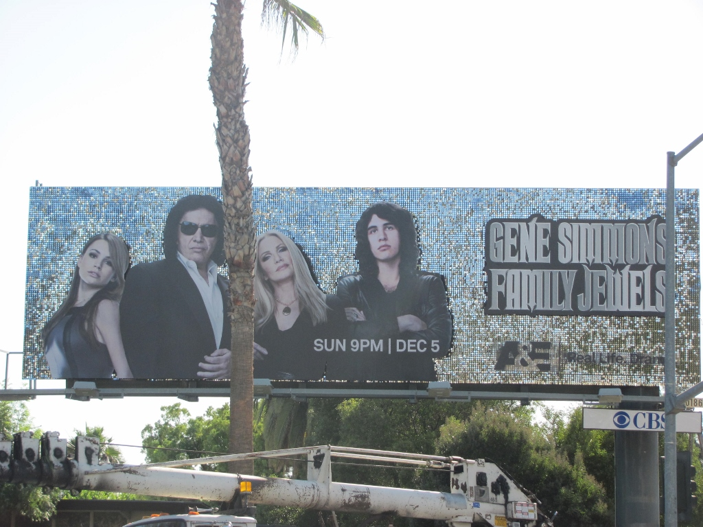Gene Simons Family Jewels Billboard (1024x768).jpg