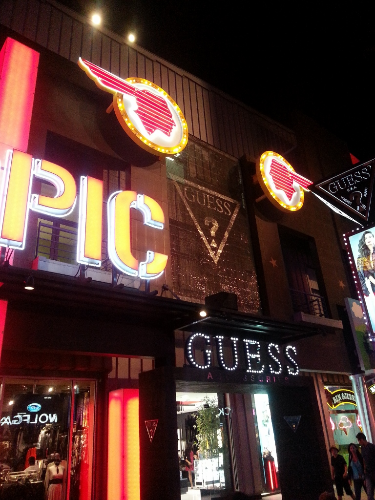 Guess Universal Citywalk LA Mosaic SolaRay sign (2).jpg