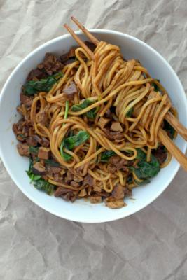 Zhajiangmian (soybean paste noodles)