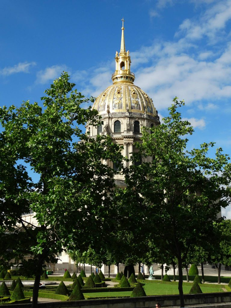 Napoleon is under all that gold leaf - Les Invalides