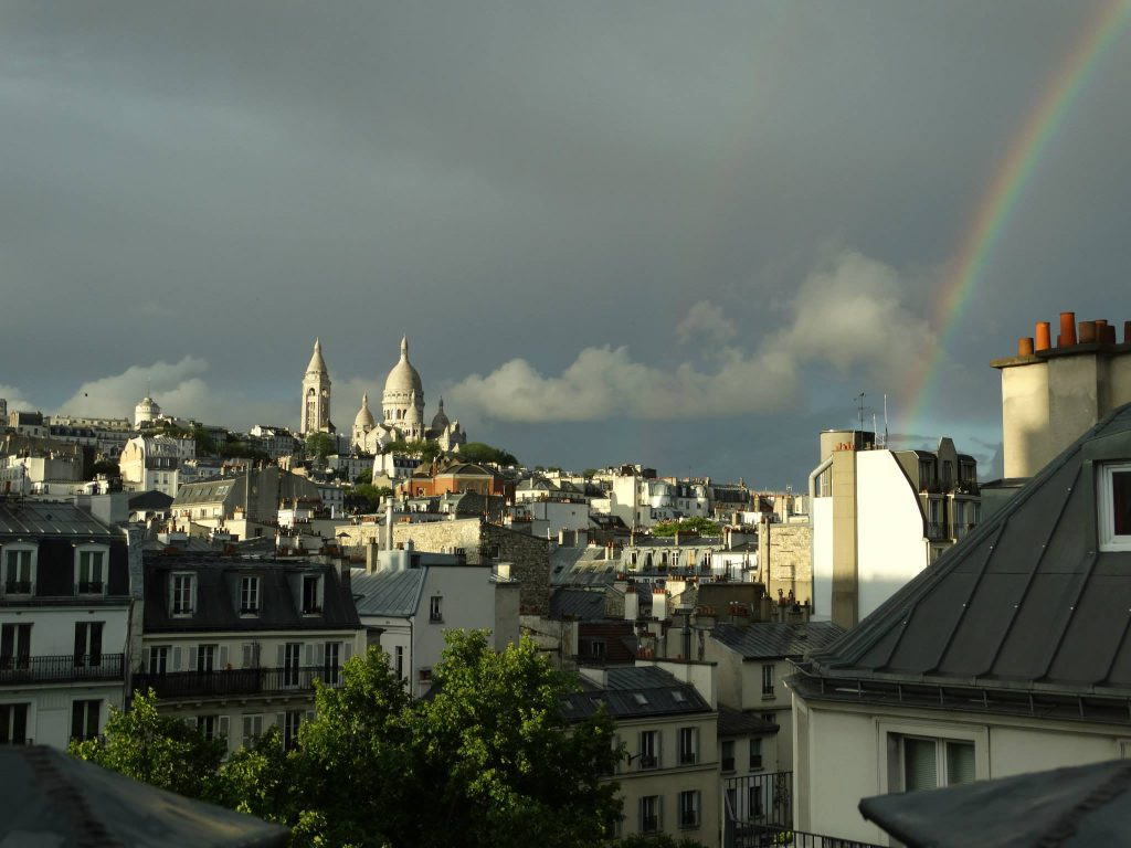 Hotel Royal Fromentin up to Sacre Coeur