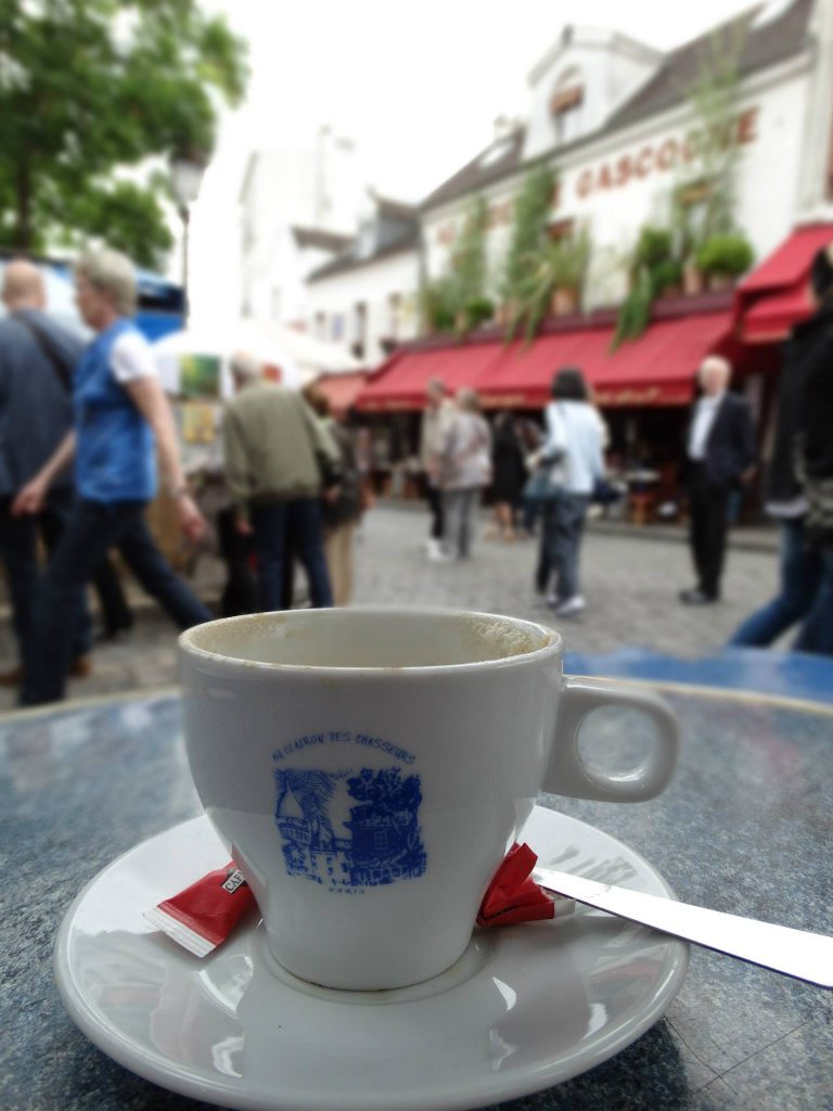 Coffee and people watching in Montmarte