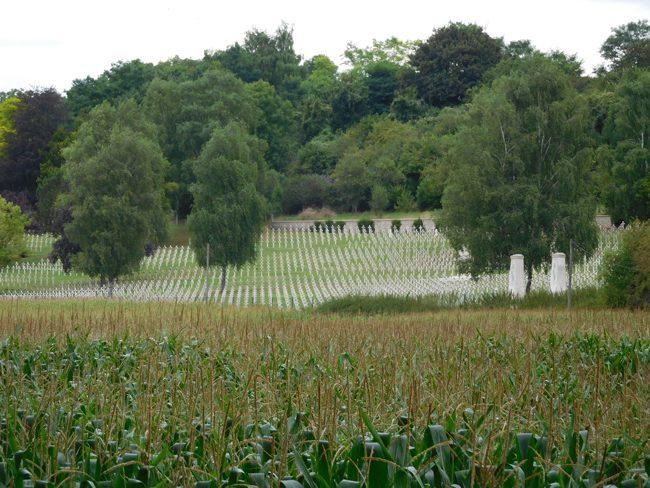 "Verdun ""Glorieux"" Cemetery"