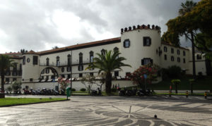 Built from 1529–1540, São Lourenço Palace is Funchal's first fortress and more recently the residence of the local head honcho