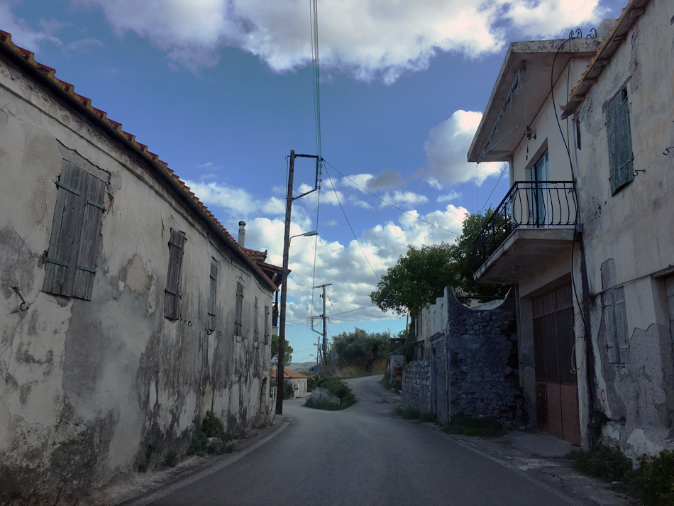 Road-tripping through tiny Zante towns, full of 'renovator's dreams'