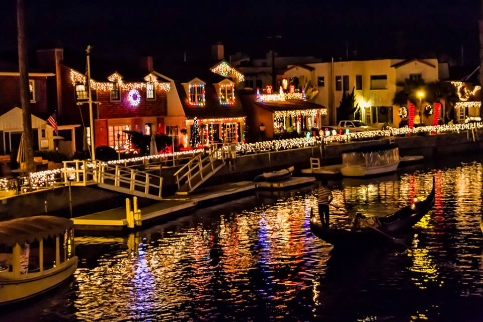 Holiday Lights Cruise | Christmas Lights Tour | San Diego | Lake San Marcos