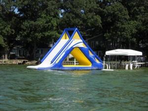 Water fun at Spirit Lake - Iowa - 51360 (800x600)