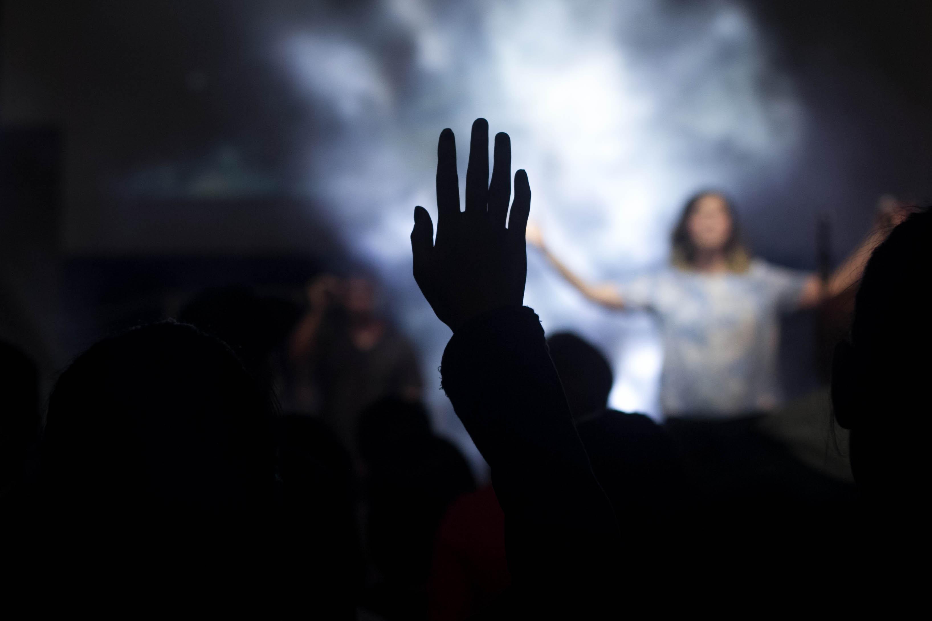 speaking between worship songs