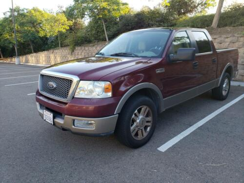 2005 Ford F-150 Lariat SuperCrew. Very Low Miles! Clean California Title