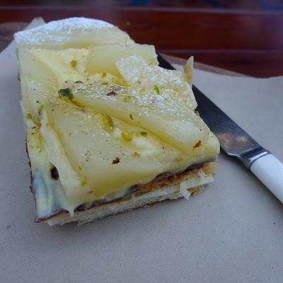 photo of pear danish