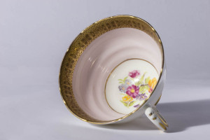 Cup without saucer