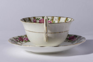 Teacup - handle view