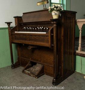 Karn reed organ, circa 1891