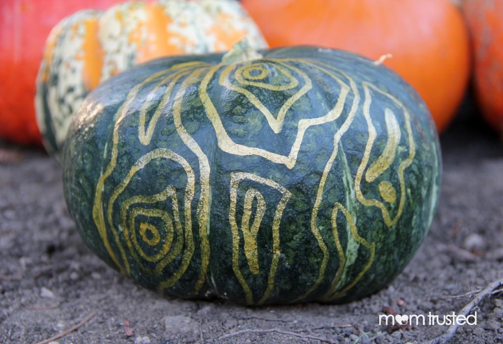 Paint Pen Pumpkins by MomTrusted 4 wm