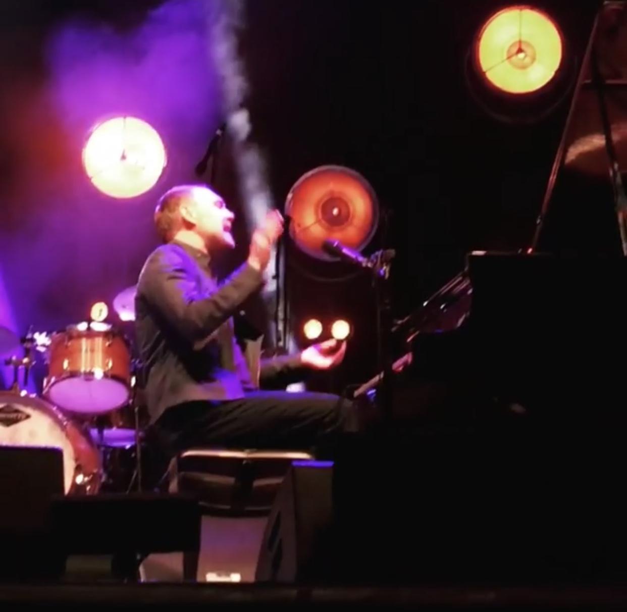 david-gray-piano