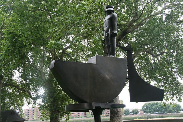 Helmsman in Pimlico Gardens; photographer: John Poulton