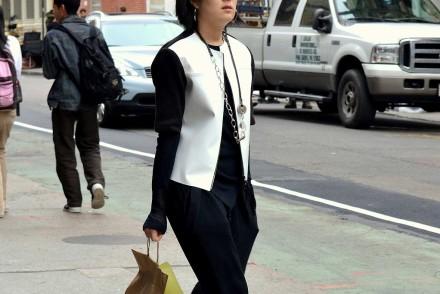 black-white-outfit-minimalist-streetstyle-blog