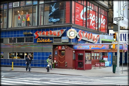 stardust-nyc-travel-blogger