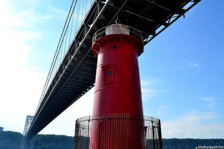 MyBigAppleCity_GWT_NYC_lighthouse