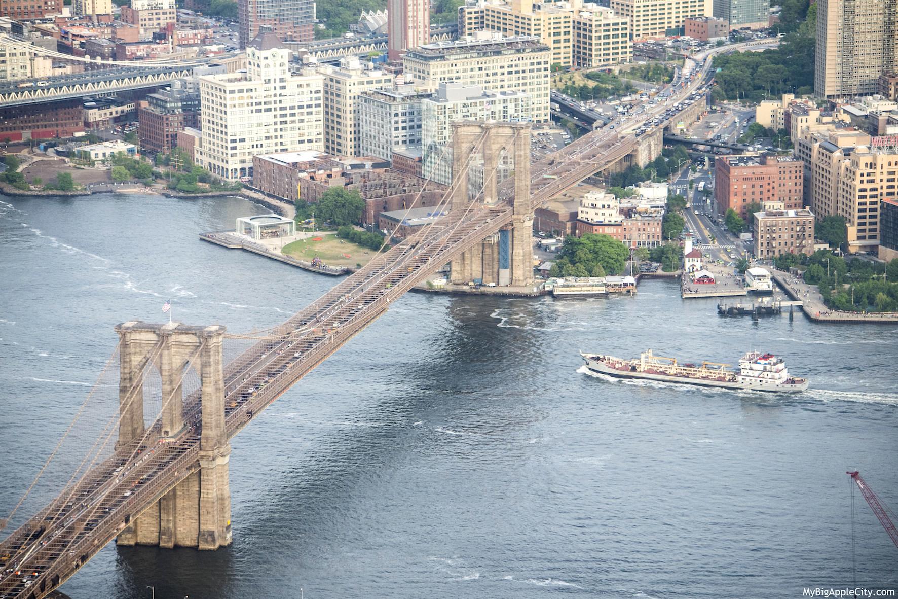 One-WTC-Visit-New-York-Brooklyn-Bridge-Mybigapplecity-travel