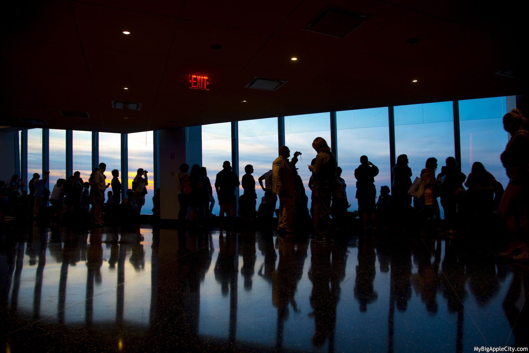 One-WTC-sunset-New-York-MyBigAppleCity