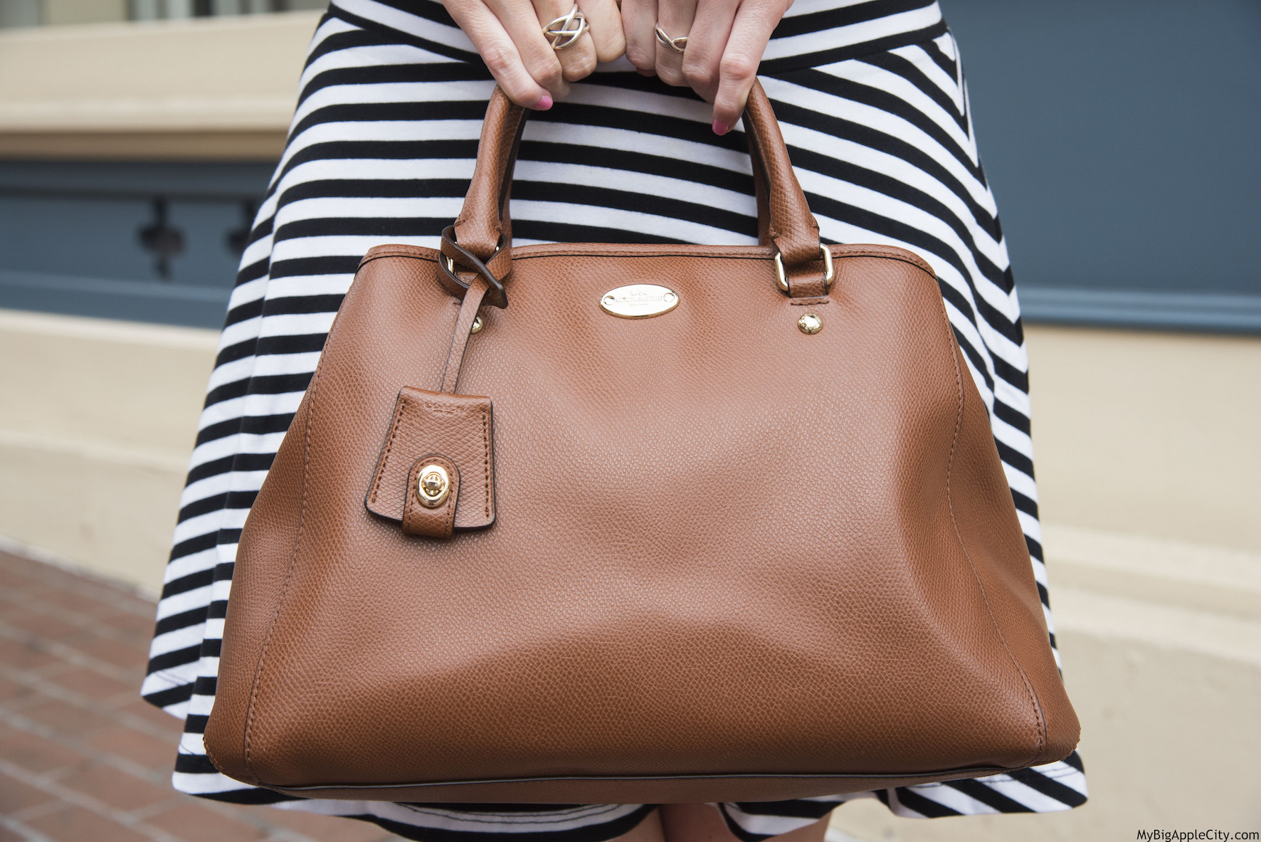 Fashion-blogger-ootd-coach-bag-mybigapplecity