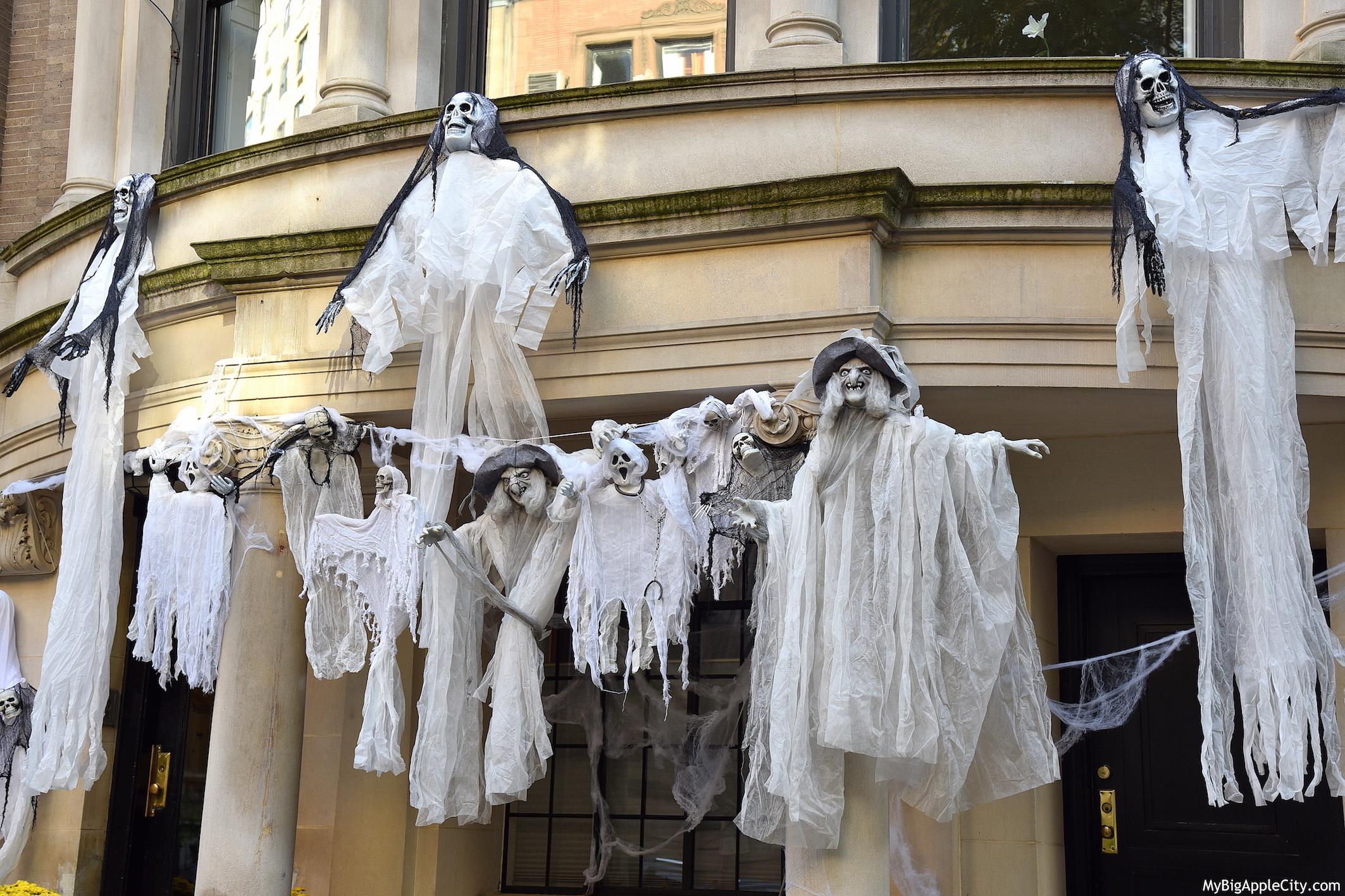 Ghost-Halloween-NYC-2015-travelblog-mybigapplecity