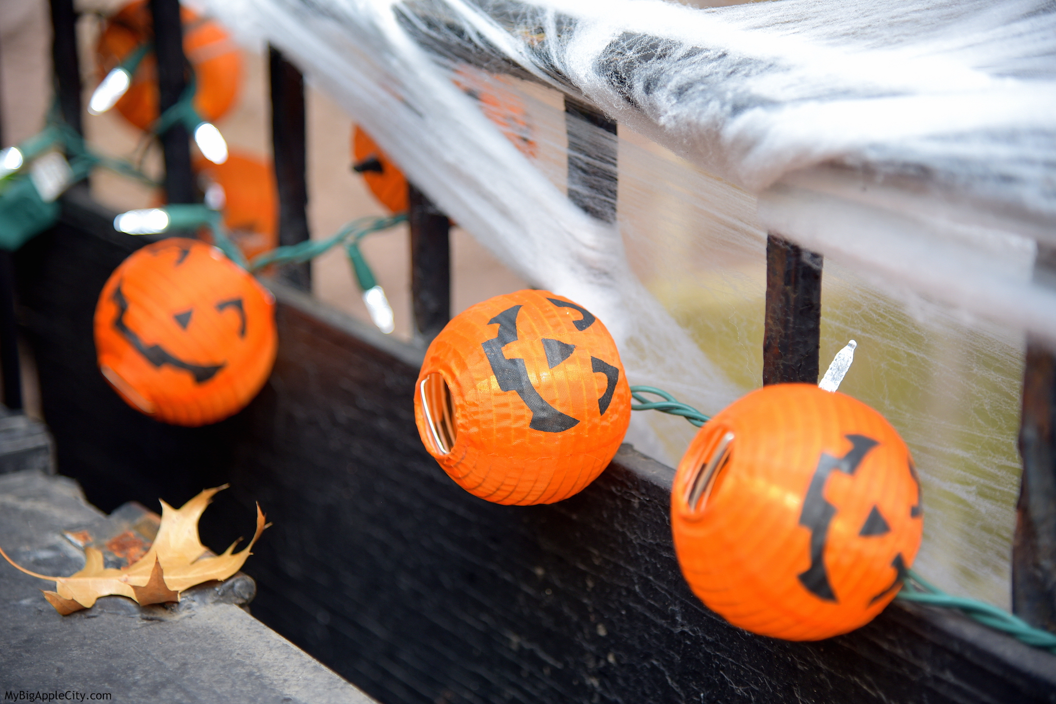 Halloween-NYC-celebration-travel-blogger-MyBigAppleCity